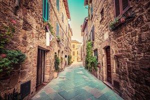 Charming narrow street, Pienza.