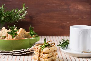 Cookies with rosemary and pignoli nuts