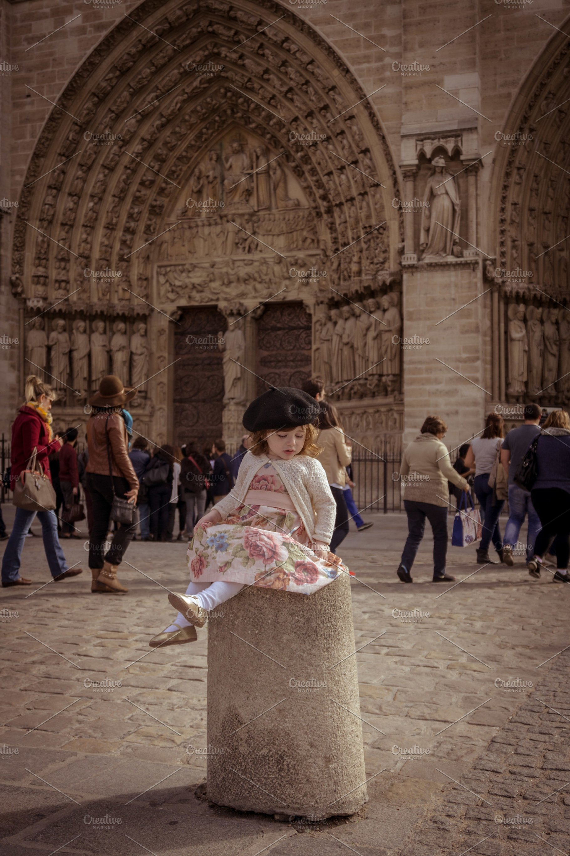 fdfa2bd8417cc Baby girl with beret in Paris ~ Beauty   Fashion Photos ~ Creative ...
