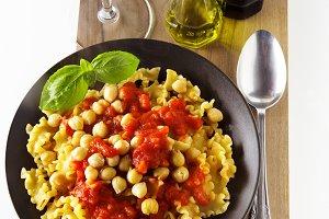 Vegetarian Pasta with Tomato