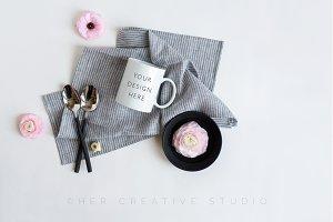 Product mockup Florals & Mug