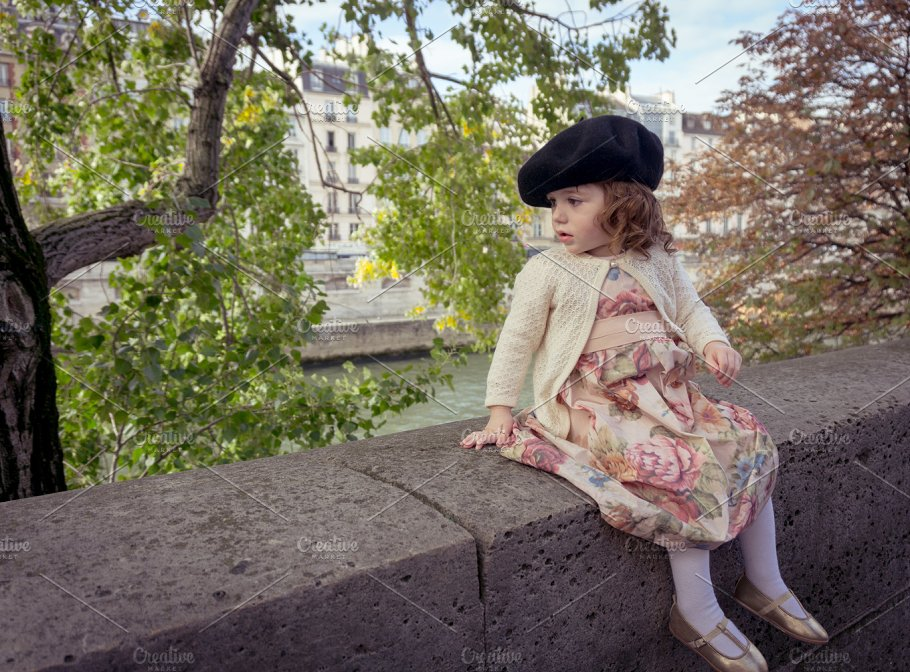 Baby girl with beret in Paris ~ Beauty   Fashion Photos ~ Creative ... 8fbae94a759