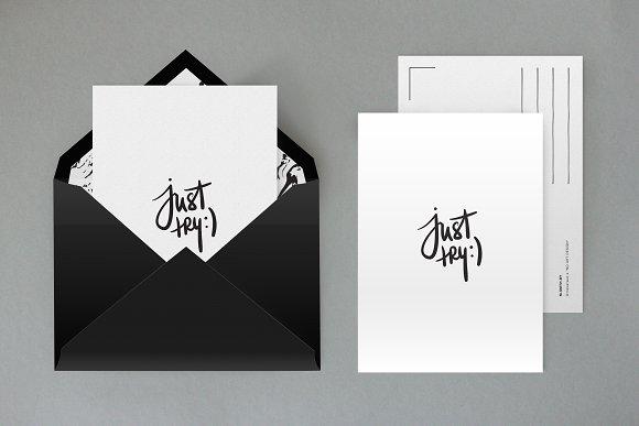 Download Fully layered envelope mock up