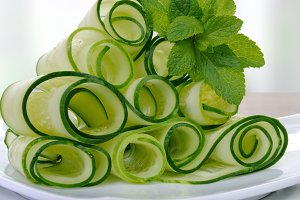 Ribbon cucumber salad with mint