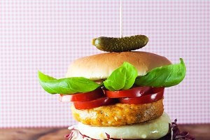 sandwich with cutlet legumes