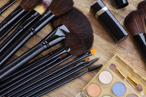make up and brushes