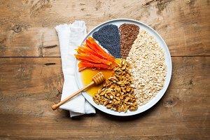 Ingredients for granola. pie chart