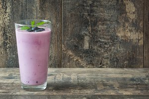 Fresh blueberry smoothie