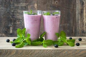 Fresh blueberry smoothie