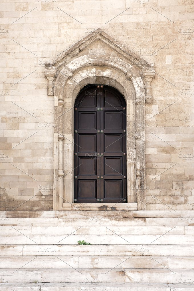 Old Italian Doorway and Arch. Bari. Italy. - Architecture
