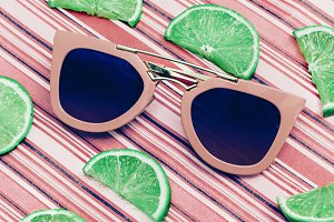 Pink sunglasses and lime Fresh Mix