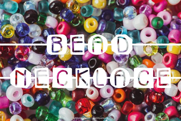 Bead Necklace Font