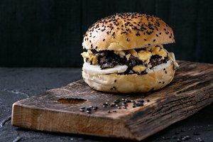Black rice veggie  burger