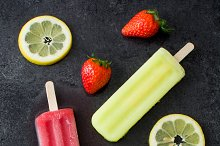 Lemon and strawberry popsicles