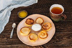 cheese patties with tea