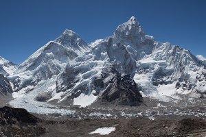 Everest Himalayan Range.