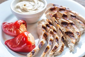 Grilled chicken with tahini sauce