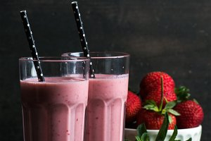 Strawberry and mint smoothie