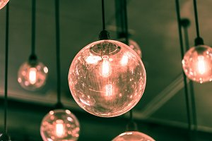 Decorative light bulb