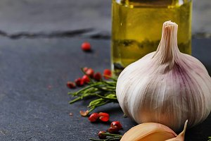 Garlic, pepper, rosemary and oil