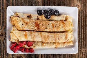 Roll pancakes