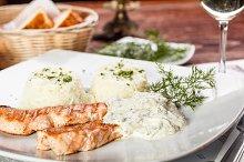 Roasted salmon