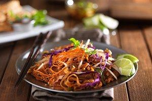 beef pad thai dish