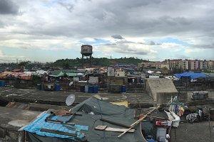 Slum in Manila (Panorama)