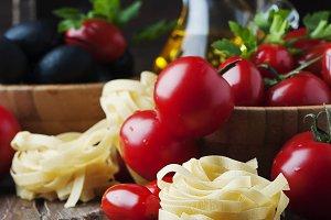 Italian raw pasta and tomato