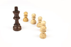 King surrounded by Pawns