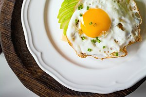 Breakfast toast with fried egg