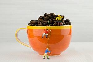 climbing coffee cup