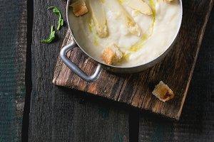White asparagus soup