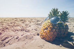 Pineapple and Beach Vibes 3