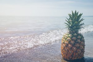 Pineapple and Beach Vibes 5
