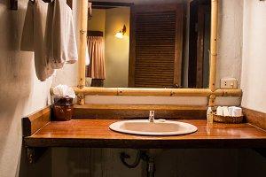 asian design bathroom.