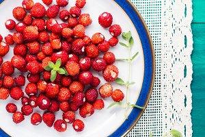 Wild strawberries on napkin