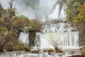 Tee Lor Su waterfall