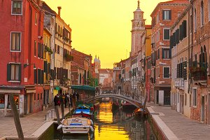 traitional Venice houses, Italy