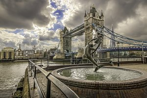Tower Bridge and Fountain London