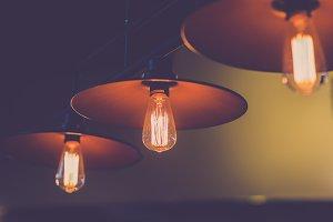 Retro edison light bulb