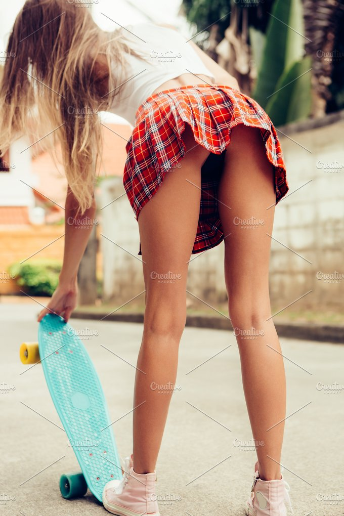 Young pussy n ass short skirt-5859