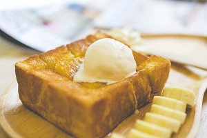 Sweet bread and honey toast