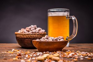 Cold beer and roasted peanuts