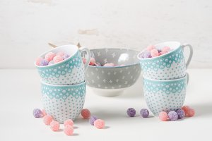 Bonbons in cups