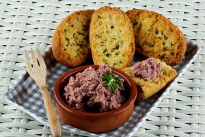 Pate with Crispy Bread