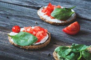 Ricotta, spinach, tomato snack