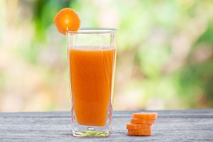 Carrot juice smoothie