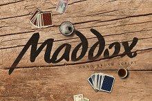 Maddox Brush Typeface [-50% Intro]