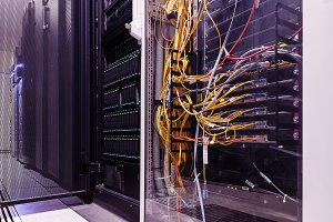 Communication switch near the mainframe in data center
